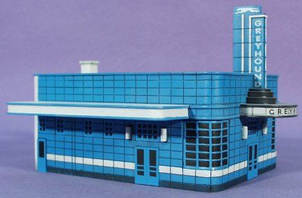In And Out Prices >> HO Scale: Imex Greyhound Bus Station