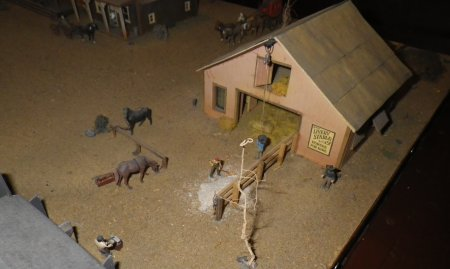 HO Scale Working Diorama - Showing the power of